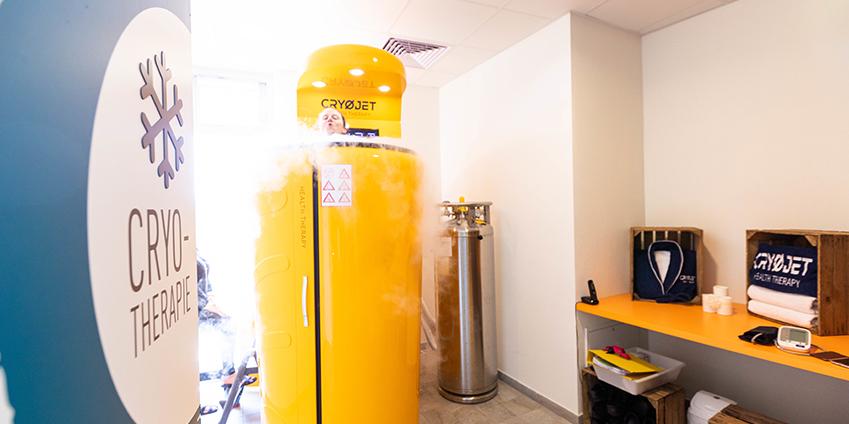 Le centre Aqua'Bulles est équipé d'une cabine de cryothérapie Cryojet