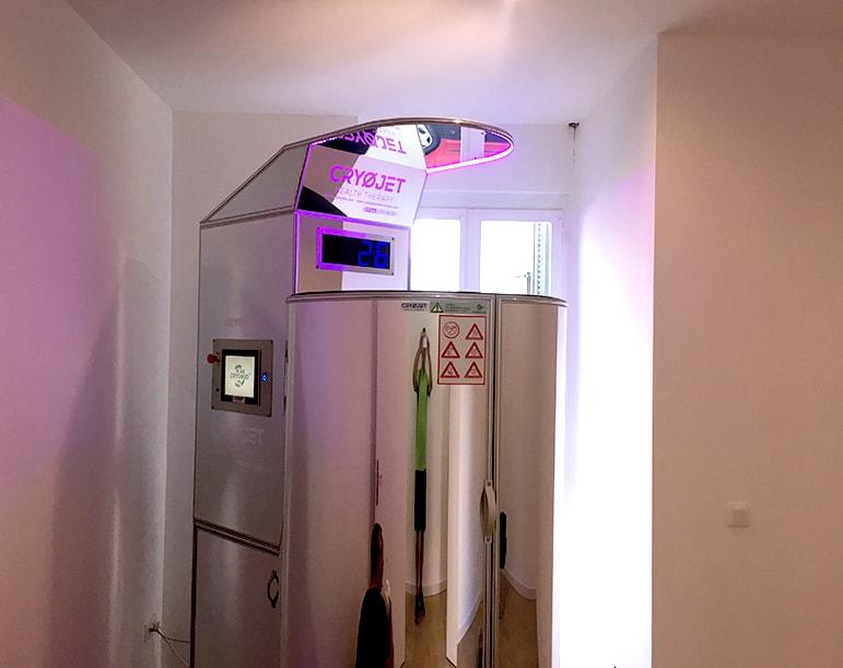 Pratique de la cryothérapie corps entier dans le centre Healthy de Toulon